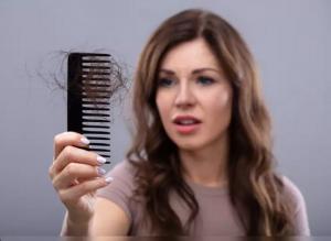 Reasons of hair fall in women